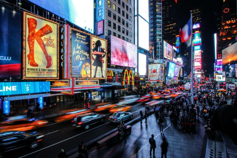 What is digital signage and how does it work?